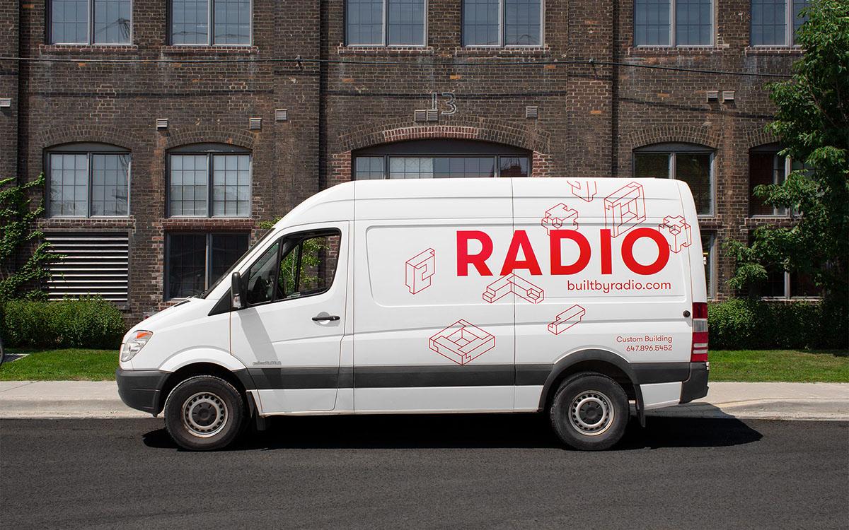 radioidentity_van_side