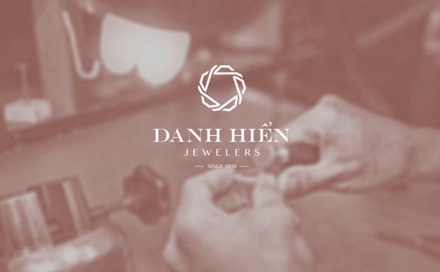 Identyfikacja – Danh Hien Jewelers