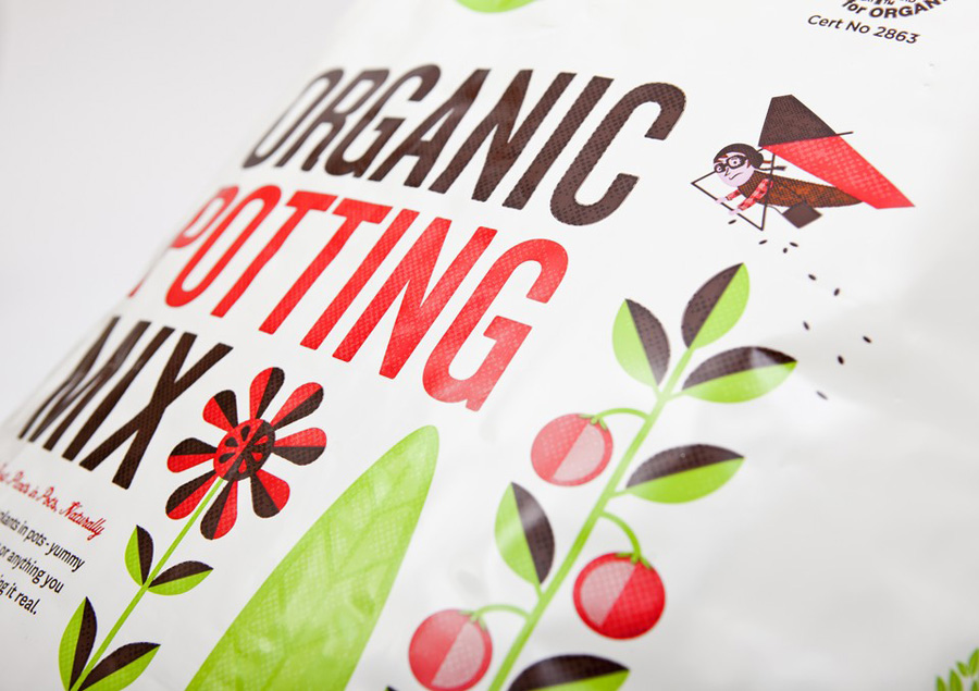 07_Living_Earth_Packaging_Marx_Design_on_BPO
