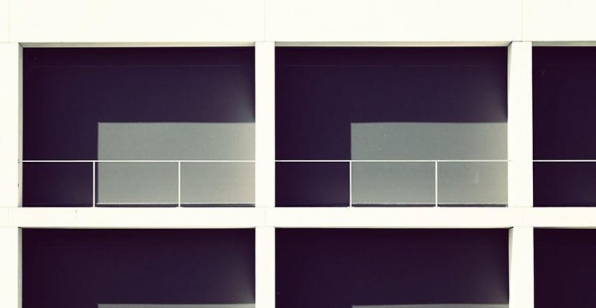 Fotografia minimalistyczna architektury – Sebastian Weiss