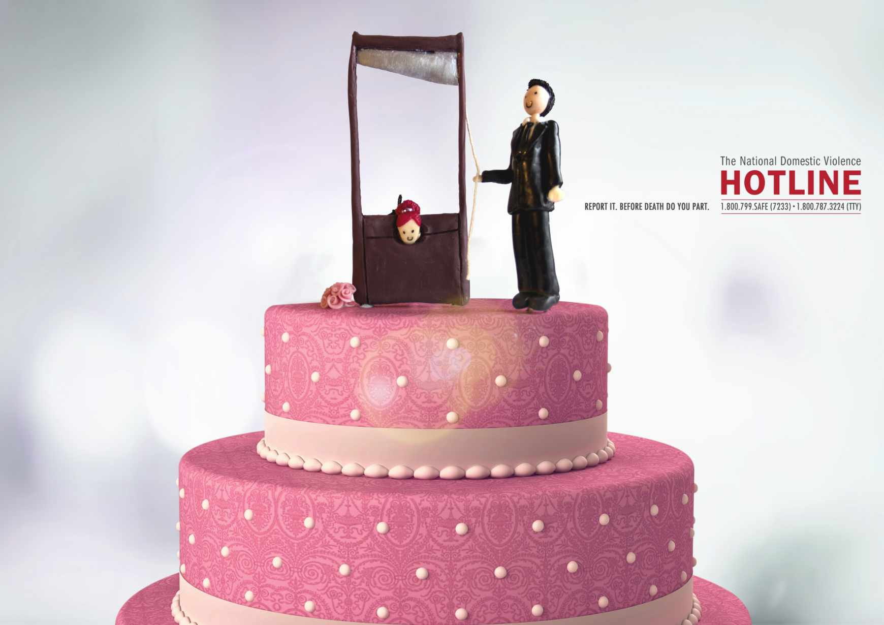 wedding-cake-03_the-national-domestic-violence-hotline_aotw
