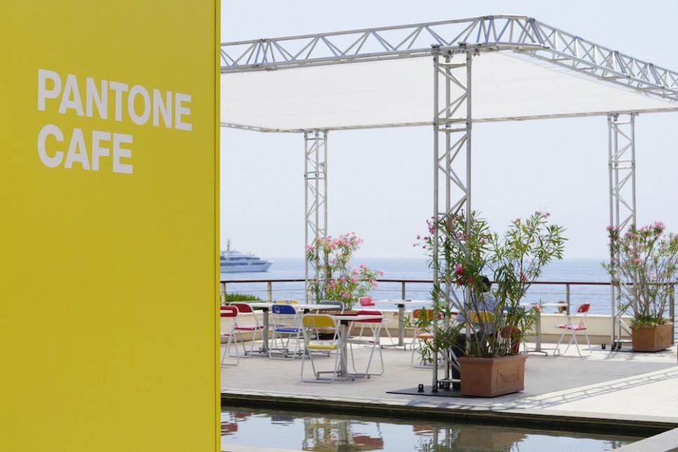 Pantone-Cafe-1-965x644