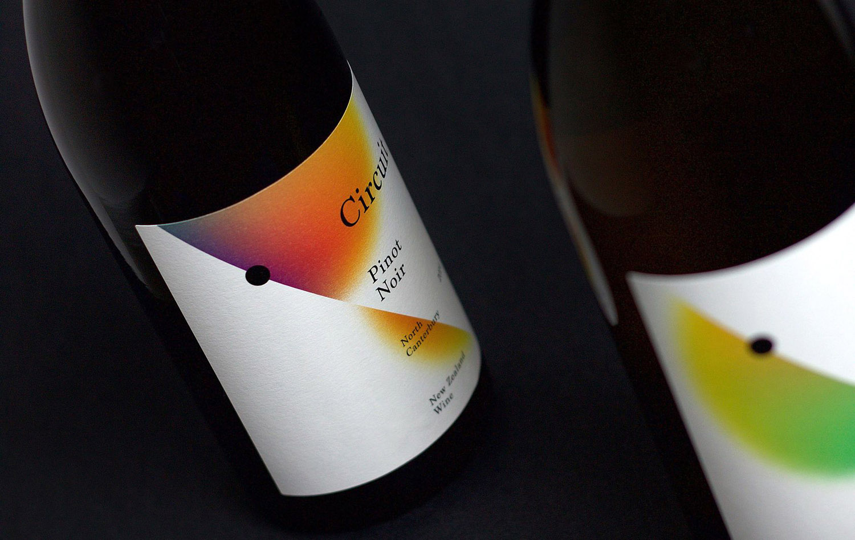 03-Circuit-Black-Estate-Wine-Label-Packaging-Toko-BPO